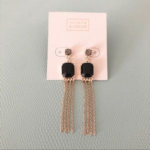 14th & Union Clear-Black-Gold long earrings - NEW